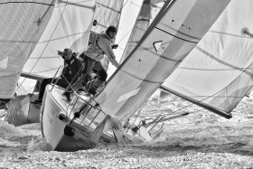 COURSE;RACE;REGATE;REGATTA;SAIL;VOILE;PRES;CLOSE HAULED;ON THE WIND;SPI;SPINNAKER;ENVOI;SEND ALOFT;HOIST;ACTION;SPI OUEST FRANCE
