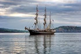 MOUILLAGE;MOORING;BATEAU;BOAT;SHIP;TROIS MATS;THREE MASTED