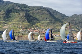 COURSE;DUO;OFFSHORE;RACE;REGATE;REGATTA;SAILING;SINGLE HANDED;SOLO;TRANSAT;TRANSATLANTIQUE;VOILE;DEPART;START;SPI;SPINNAKER