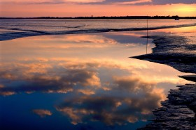 COUCHANT;COUCHER DE SOLEIL;SUNSET;REFLET;REFLECTION;CIEL;SKY;MAREE;TIDE;NUAGE;CLOUD;MORBIHAN;CREPUSCULE;TWILIGHT