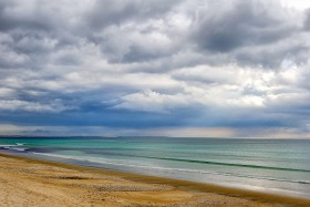 BEACH;BORD DE MER;CLOUD;DRAMATIQUE;MER;NUAGE;PAYSAGE;PLAGE;SABLE;SAND;SEA;SEASCAPE;SEASHORE;SEASIDE;MORBIHAN;BRETAGNE
